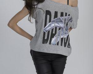 T-shirt crop top con stampa danza LikeG