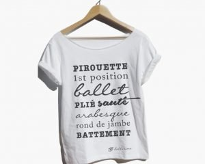 T-shirt slim fit FOREVER B, con passi di danza